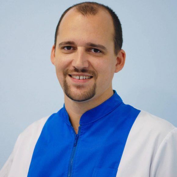 Dr. Victor Lamas