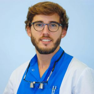 Dr. Victor Gil
